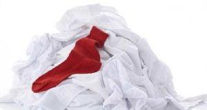 Boyanan Beyaz Çamaşırlar Nasıl Temizlenir?