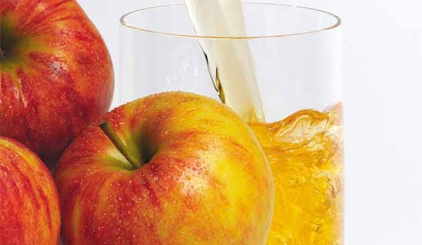 Elma Suyu Nasıl İçilir?