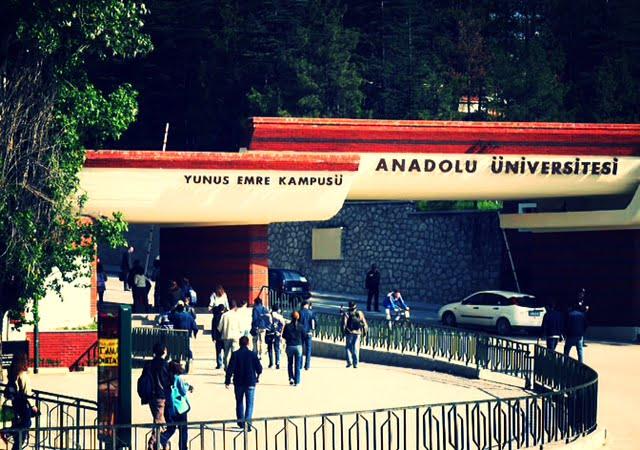 Anadolu Üniversitesi Nasıl Bir Üniversite?