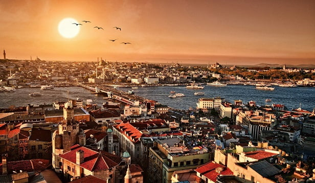 İstanbul'un En Güzel Manzaralı Çay Bahçeleri ve Kafeleri