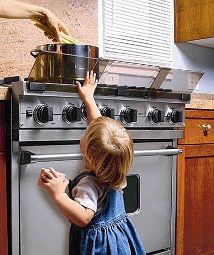 Küçük-Çocuklar-İçin-Evde- Alınması-Gereken-11-Güvenlik-Önlemi.