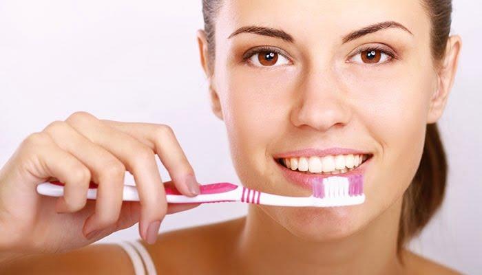 Ağız Ve Diş Bakımı Nasıl Yapılır?